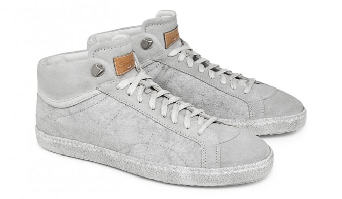 620974ffb85 Suede and fabric high-top sneakers with vintage effect. Sporty and urban  chic guaranteed.
